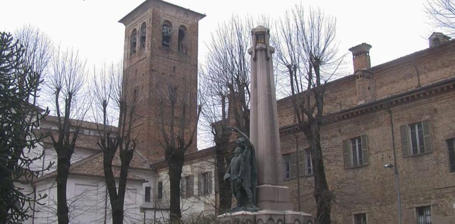 Mortara- Palazzo Lateranense costruito sui resti dell'Abbazia di S. Croce